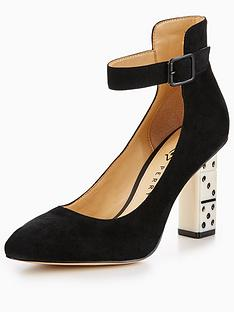 katy-perry-the-stacie-dice-heel-court