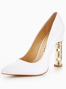 katy-perry-the-suzanne-heel-detail-court-whitenbsp