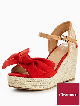 v-by-very-holly-bow-wedge-sandal-red