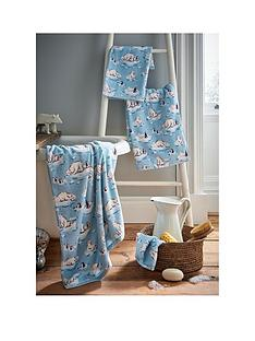 cath-kidston-polar-bears-face-cloth