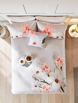 ted-baker-chatsworth-bloom-100-cotton-sateen-220-thread-count-duvet-cover