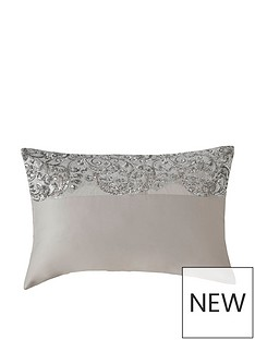 kylie-minogue-cadence-housewife-pillowcase