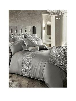 kylie-minogue-cadence-bedspread-throw