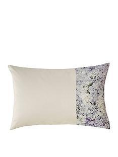kylie-minogue-marisa-housewife-pillowcase