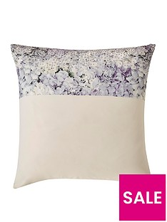 kylie-minogue-marisa-square-pillowcase