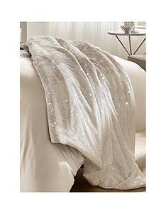 kylie-minogue-marisa-bedspread-throw