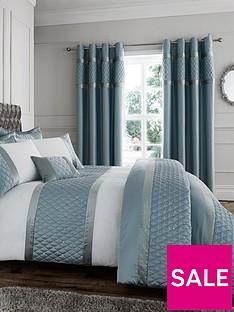 catherine-lansfield-sequin-cluster-bedspread-throw