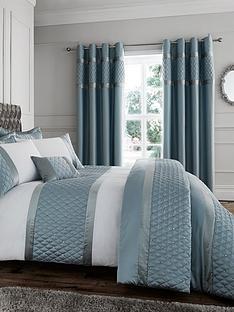 catherine-lansfield-sequin-cluster-bedspread-thrownbsp