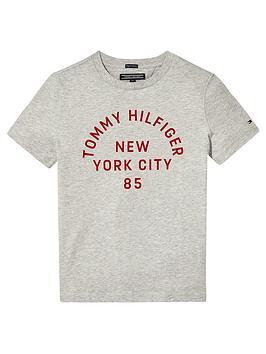 tommy-hilfiger-boys-graphic-print-short-sleeve-t-shirt
