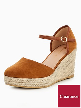v-by-very-pollyanne-closed-toe-wedge-tan