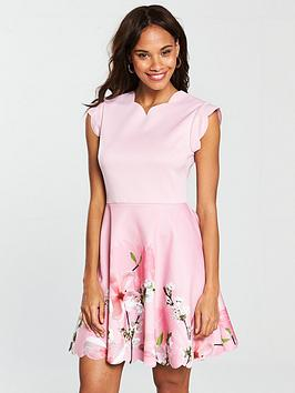 ted-baker-grettae-printed-skater-dress-pink