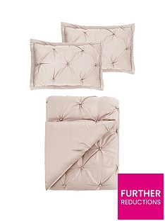 boston-bedspread-throw-and-pillow-shams