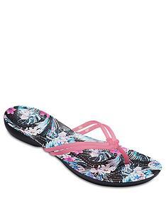 crocs-isabella-graphic-flip-flop-pink