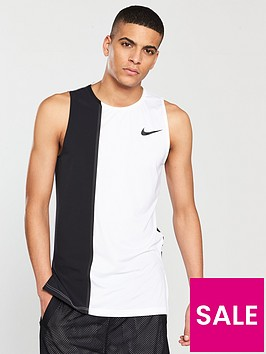 nike-pro-fitted-tank
