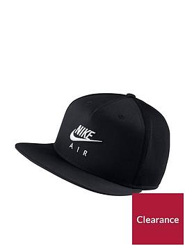 nike-air-sportswear-pro-cap