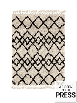 calandre-fringed-rug