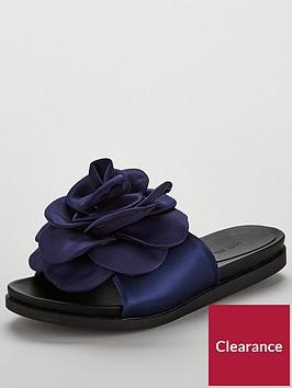 lost-ink-charlize-oversized-flower-slider-navy