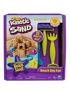 kinetic-sand-beach-day-fun