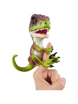 fingerlings-fingerlings-untamed-ndash-velociraptor-dino-ndash-fury-green