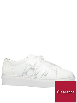 call-it-spring-acaemanbspflatform-trainer-white