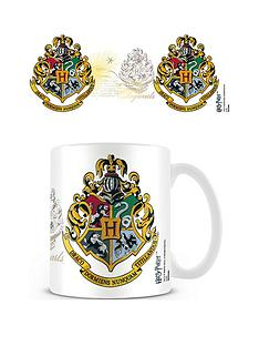 despicable-me-hogwarts-crest-coffee-mug