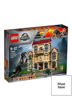 lego-jurassic-world-75930-indoraptor-rampage-at-lockwood-estate