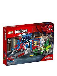 lego-juniors-10753nbspspider-man-vs-scorpion-street-showdown