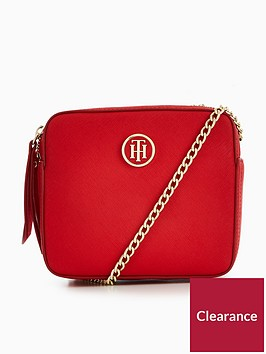 tommy-hilfiger-icon-camera-crossbody-bag-red