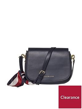 tommy-hilfiger-iconic-foulard-leather-saddle-bag