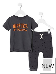 river-island-mini-mini-boys-grey-lsquohipster039-t-shirt-outfit
