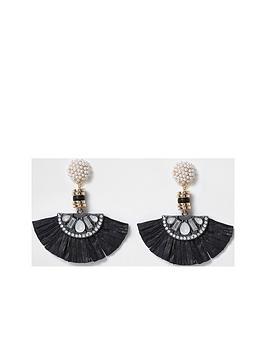 river-island-pearl-fan-drop-earrings