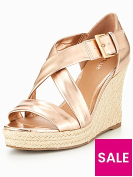 head-over-heels-kissimo-cross-strap-wedge-sandals-rose-gold