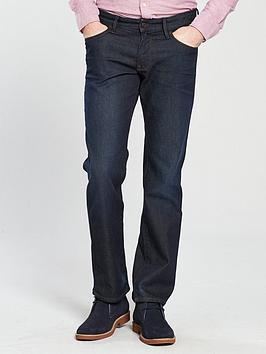 boss-24-regular-fit-jean