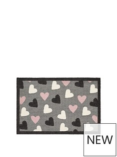 heart-indoor-doormat