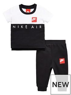 nike-air-baby-boy-block-tee-and-pant-set