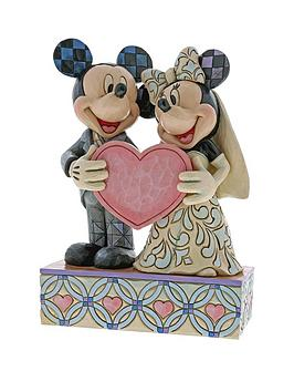 disney-traditions-valentines-mickey-mouse-and-minnie-mouse-two-souls-one-heart-figure