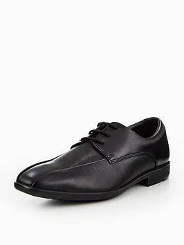 clarks-willis-lad-shoe
