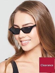 vogue-gigi-square-sunglasses-black
