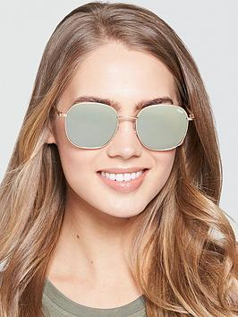 quay-australia-rounded-sunglasses-gold
