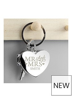 personalised-mr-and-mrs-heart-photo-keyring