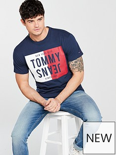 tommy-jeans-split-box-t-shirt