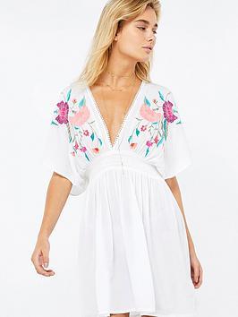 accessorize-dani-embroidered-kaftan-white