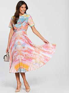 skeena-s-pleated-skirt-vogue-dress-bejewelled-boho