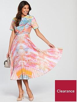 skeena-s-pleated-skirt-vogue-dress-bejewelled-boho