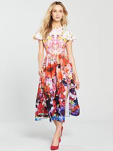 skeena-s-cape-slit-midi-dress-press-floral