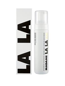 madame-la-la-achieve-that-head-to-toe-glow-with-the-madame-la-la-tan-mousse-200ml
