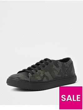 river-island-boys-camo-lace-up-trainer