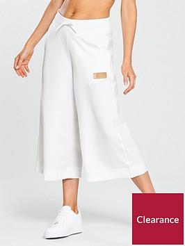 nike-sportswear-beautiful-power-crop-pant-whitenbsp