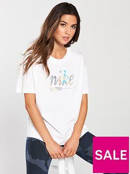 nike-sportswear-metallic-top-whitenbsp