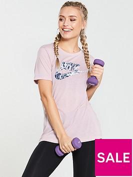 nike-sportswear-printed-logo-tee